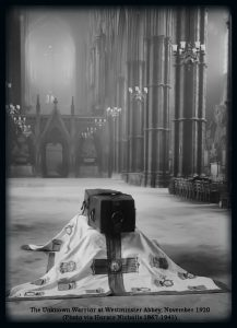 The Unknown Warrior at Westminster Abbey, November 1920 (Photo via Horace Nicholls 1867-1941)